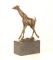 bronze giraffe BrokInCZ