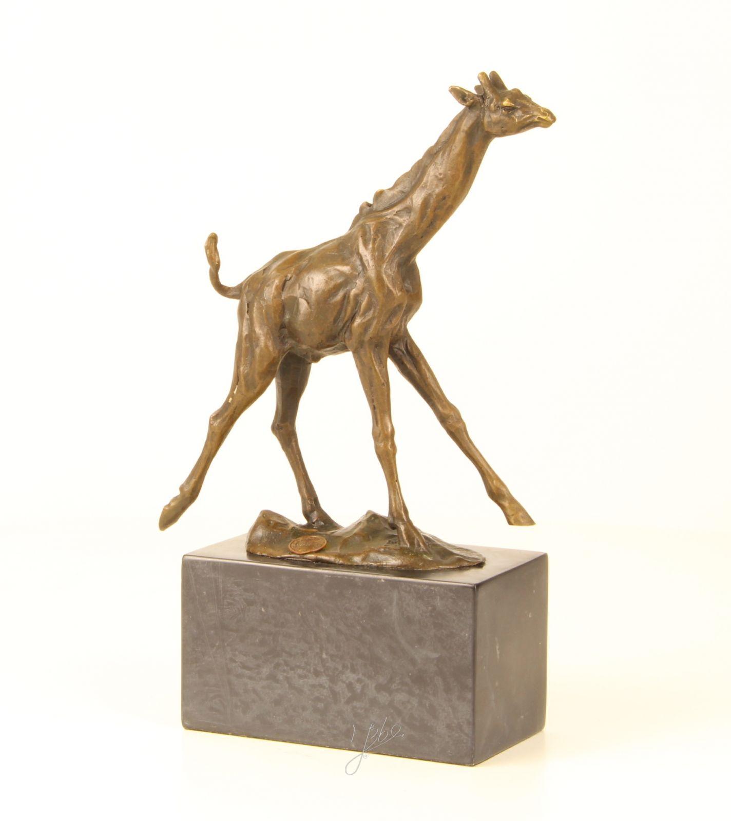 bronze giraffe