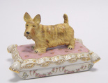 A Porcelain casket - Scottish Terrier