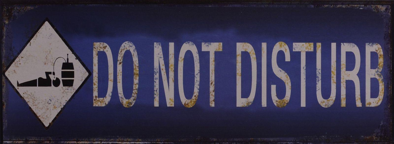 Retro tin sign - DO NOT DISTURB