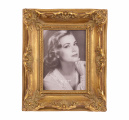 a Retro photo frame 1
