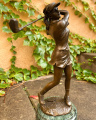 Bronze statue of a golfer BrokInCZ