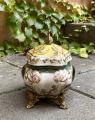 A casket made of porcelain with bronze swans BrokInCZ