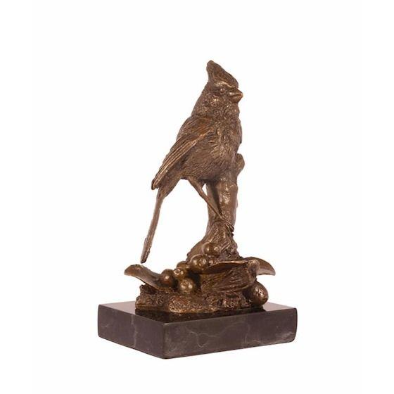 Statue of Cardinal Bird made of bronze