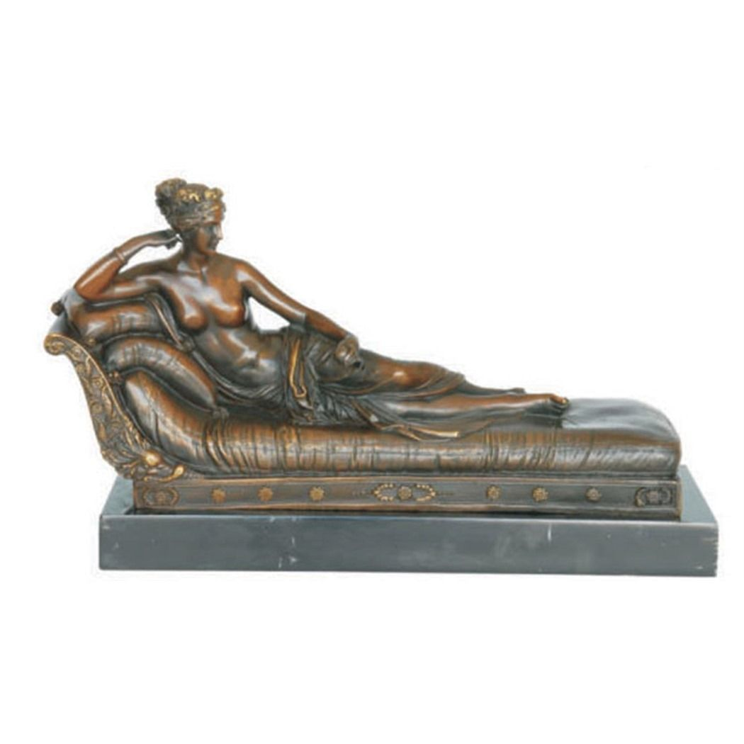 Erotic bronze statue of a naked woman - Venus