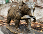 Bronze sculpture bear